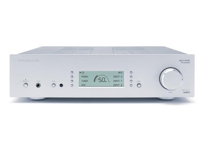 Cambridge Audio vai lançar pré e power de 200 watts